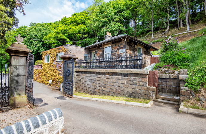 The Lodge, Northcliff Holiday Cottages and Apartments, North Queensferry, Fife